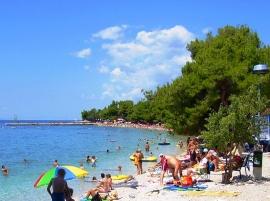 Zaostrog beach